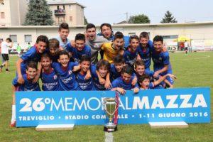 Il VillongoSarnico che ha vinto la finale Esordienti con il Ponte S.P. Isola